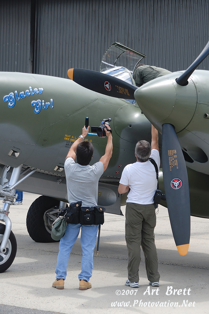 http://www.photovation.net/Uploads/PVT_LOCKHEED-P-38F_NX17630_TEB_20070622_X4166t.jpg